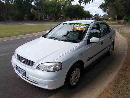 2001 Holden Astra Automatic Sedan with low KLMS