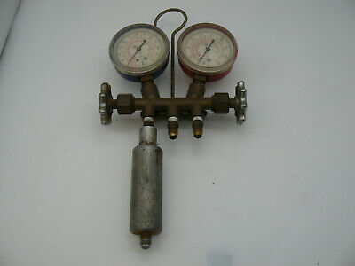 Vintage Robinair R12 - R22 Refrigerant Manifold Gauge Set Blue Red Gauges B