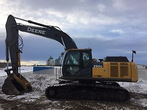 John Deere 250G and 290G Cat D6T for Rent