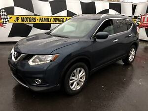 2016 Nissan Rogue SV, Automatic, Panoramic Sunroof, Bluetooth, A