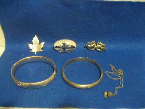 VINTAGE LOT OF STERLING SILVER MISC JEWELRY SCRAP OR NOT?
