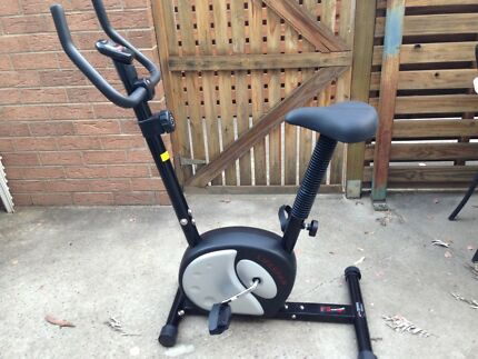 Magnetic exercise bike - NEW