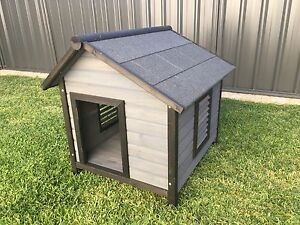 Wooden dog kennel Palmyra Melville Area Preview