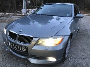 2006 Bmw 330xi  all wheel drive
