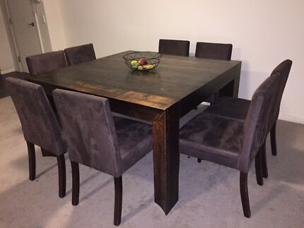 Solid wood dining table set with 8 chairs - easy removal