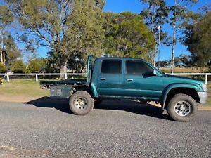 1999 Toyota Hilux Sr5 (4x4) 5 Sp Manual 4x4 Dual Cab P/up
