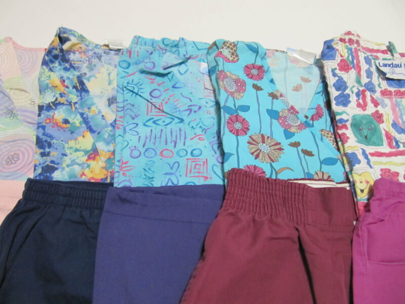 WOMANS LOT OF SCRUB SETS, 5 TOPS, 5 PANTS, VERY NICE CONDITION   SIZE S (BOX 28)