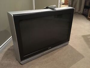 Toshiba 30 Inch HD CRT TV