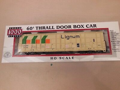 Woodland Scenics PIT STOP 1//87 HO Railroad Train Figure Car Auto Scenes AS5546