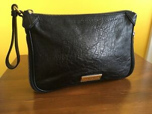 EUC Marc by Marc Jacobs Zip around Large Clutch Purse