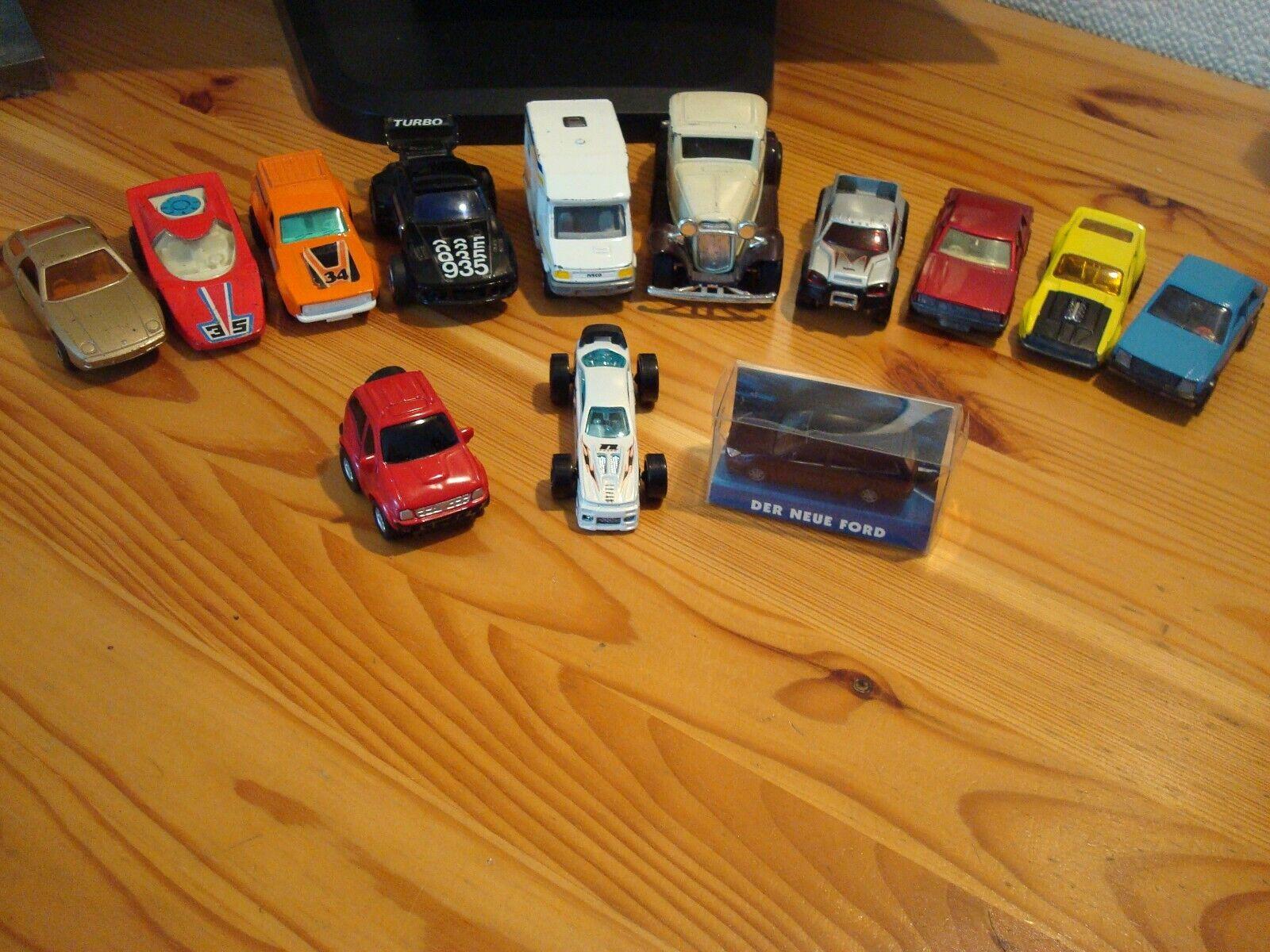 6neue Modelle ,7gebrauchte 32 Ford Coupe , Slider , Camping und Sportfahrzeuge