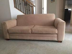 2 Sofas / Lounges (2.5 seater) - FREE Sylvania Sutherland Area Preview