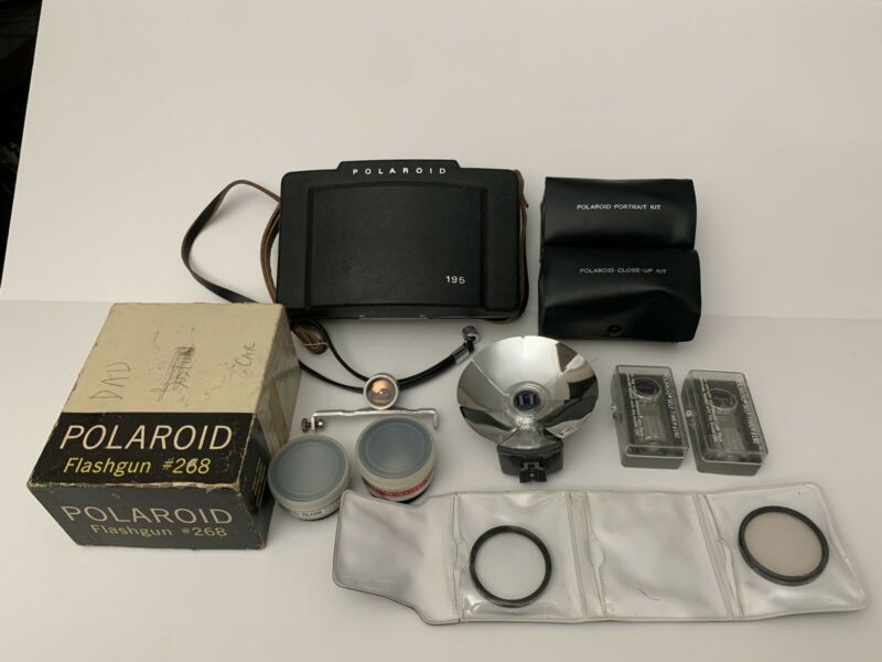 RARE Working Polaroid 195 Land Camera Plus Accessories Portrait/Close Up Kit