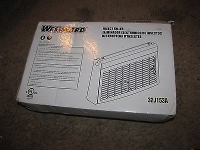 NEW *WESTWARD* Insect/Fly Killer 32J153A