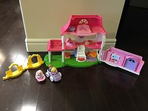 Fisher Price Little People Happy Sounds House
