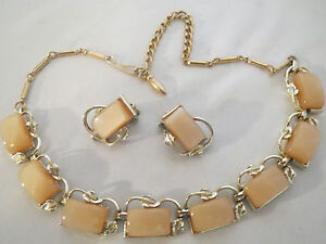 Coro thermoset necklace  earring beige moon glow demi set