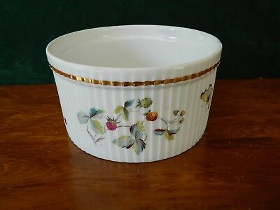 ROYAL WORCESTER  STRAWBERRY FAIR SOUFFLE DISH