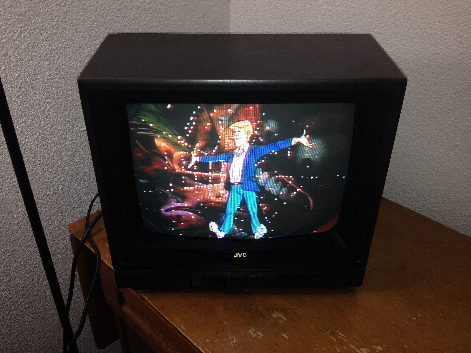 "JVC 13 "" Color TV C-1328 Mastercommand Antenna Retro Gaming CRT Television"
