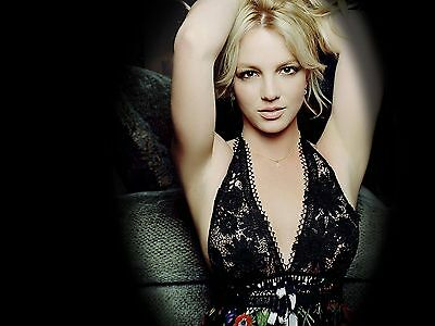 Britney Spears Unsigned 8x10 Photo (25)