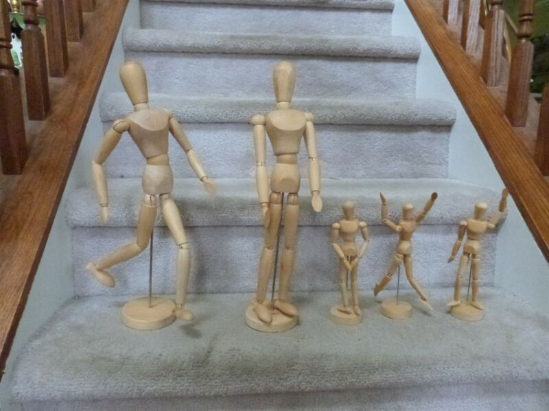 """Lot of 5 Artist Sketch Mannequin Models Poseable Jointed Wood 17"""" (2) 8.5"""" (3)"""