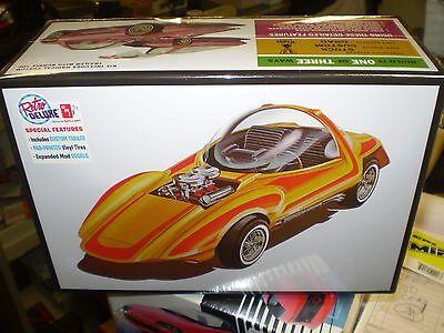 AMT 1:25 Silhouette Show Car & Trailer Model Kit AMT1045 NEW NIB