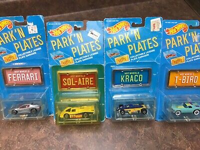 Hot wheels park n plates. Lot of 4
