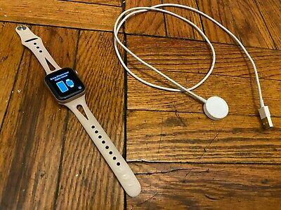 Apple Watch Series 4 40 mm Rose Gold Aluminum Pink Sand Sport Band GPS MU682LL/A