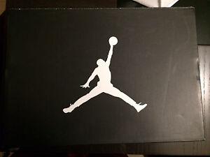 Jordan 11 Bred size 10.5