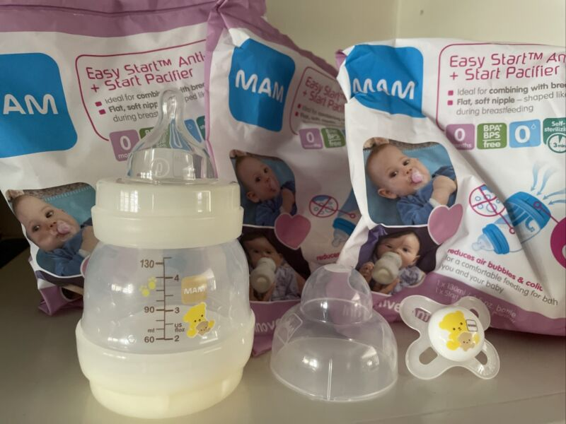 MAM Easy Start Anti colic BABY Bottles lot of 3 New  4.5 oz. Includes Pacifiers