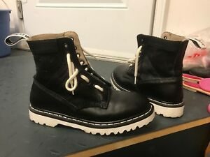 Dr Martens Black Airwair Boots