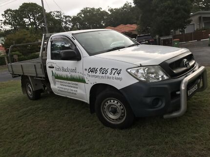 2011 Toyota Hilux workmate.