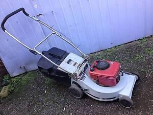 Masport wide cut Lawnmower + Catcher. Just serviced + Warranty Sunshine North Brimbank Area Preview
