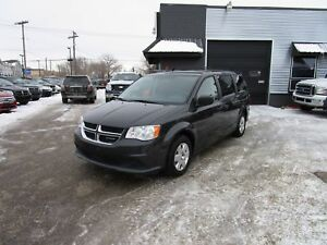 2012 Dodge Grand Caravan SE/SXT Fresh safety, stow and go sea...