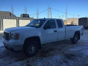 Gmc  priced to sell