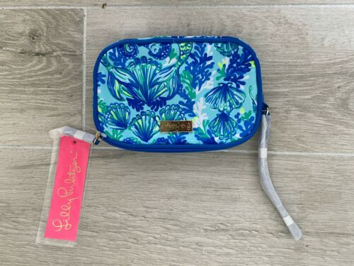 NWT Lilly Pullitzer Gillie Phone Wristlet Seeing Double Accessories Small Multi