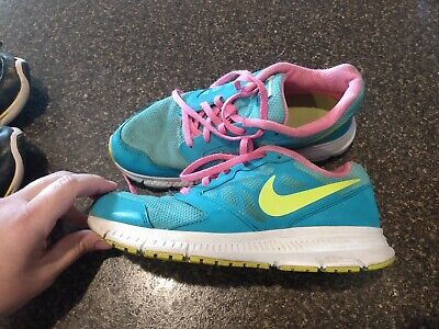 Girls Nike Shoes, Size 5y
