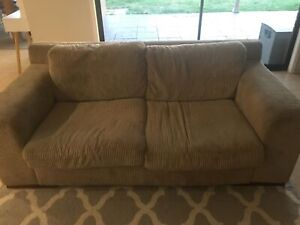 Plush couch 2 & 2 1/2 seater price reduced must go