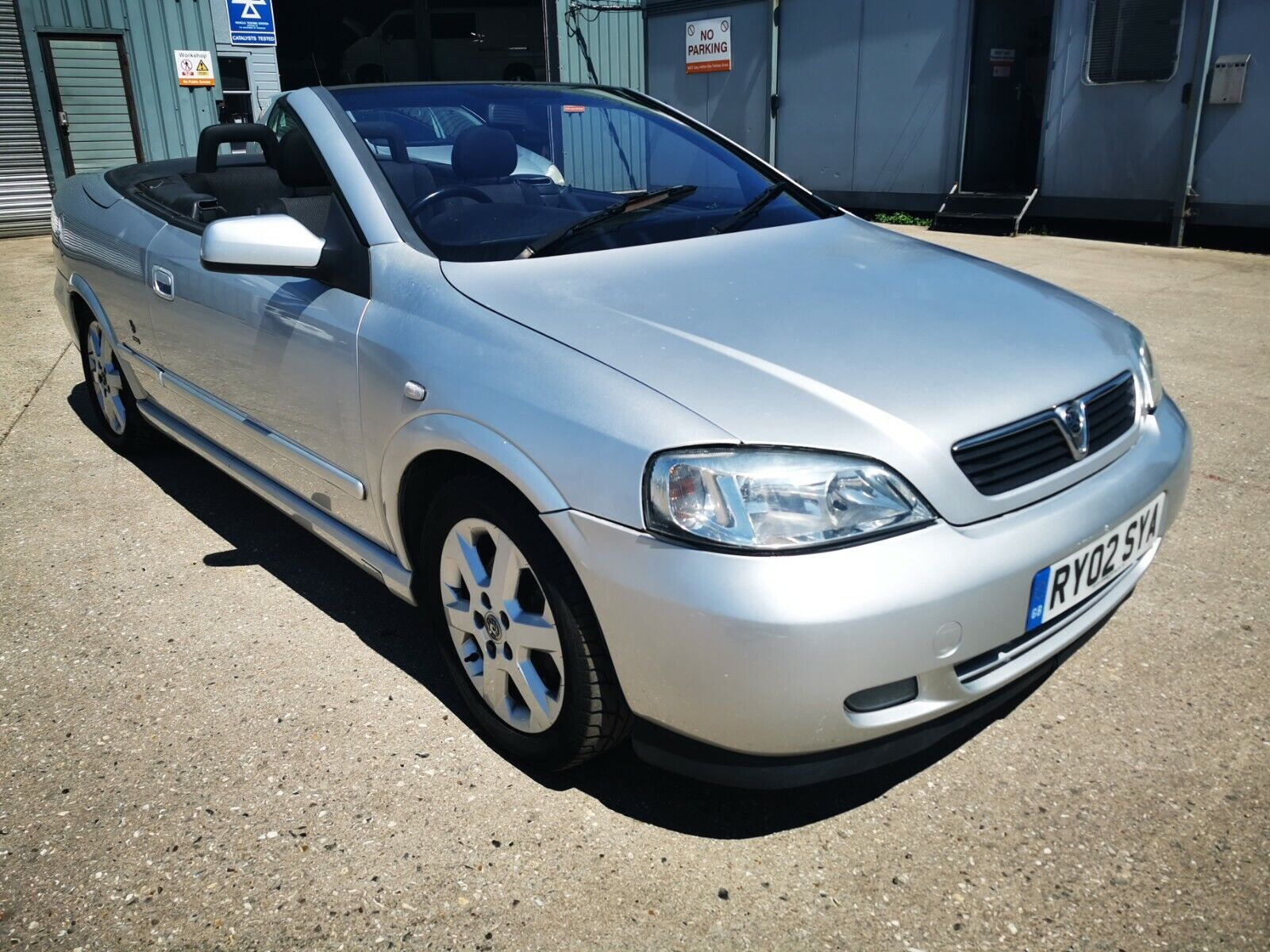 VAUXHALL-ASTRA-CONVERTIBLE-2002-SPARES-OR-REPAIR-PROJECT-REPAIRABLE-EXPORT