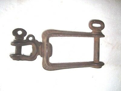 Antique Vintage Ideal 2839 Farm Implement Cast Iron Swivel Clevis