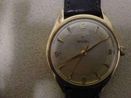 Gents Omega mechanical solid 9ct gold case wrist watch