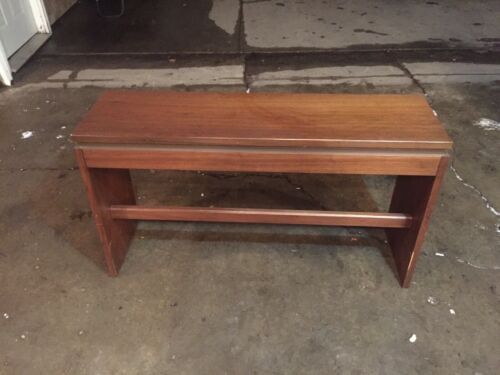 Vintage Allen Organ Bench! Measures 47.5in W x 27in T x 13.75in D MAKE OFFER!