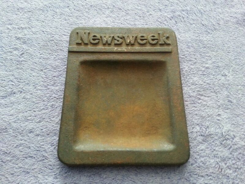 Nice Vintage Cast Iron Newsstand Change Tray with Newsweek Logo!