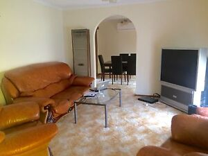 Quiet spacious house to share Bundoora Banyule Area Preview