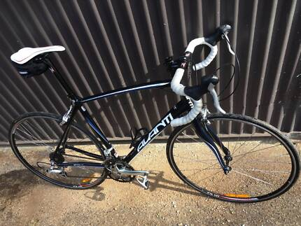 Bicycle Avanti SPRINT as NEW - Racing Carbon Alloy