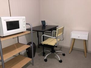 Fully Furnished Room to rent in City(female)