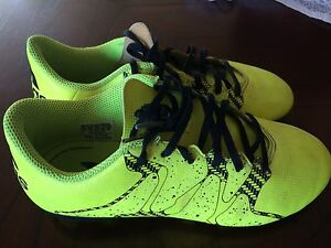 Adidas soccer shoes for kids (size2)