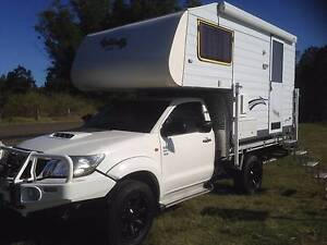 2014  hilux 4x4 camper Newcastle Newcastle Area Preview
