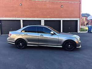 ***wOWWW*** Mercedes c350 AMG package**