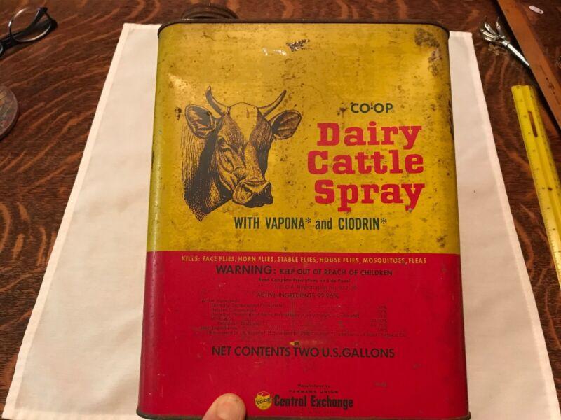 Dairy Cattle Spray Vintage Tin, Farmers Union, St. Paul, Minn.