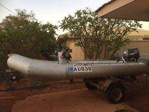 Boat aluminium 4.2 metre Superduck